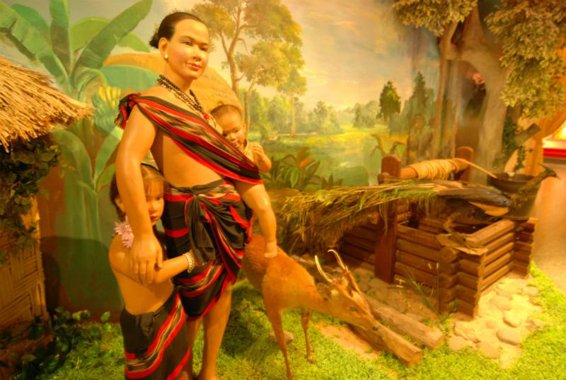 Cambodia Cultural Village (146)