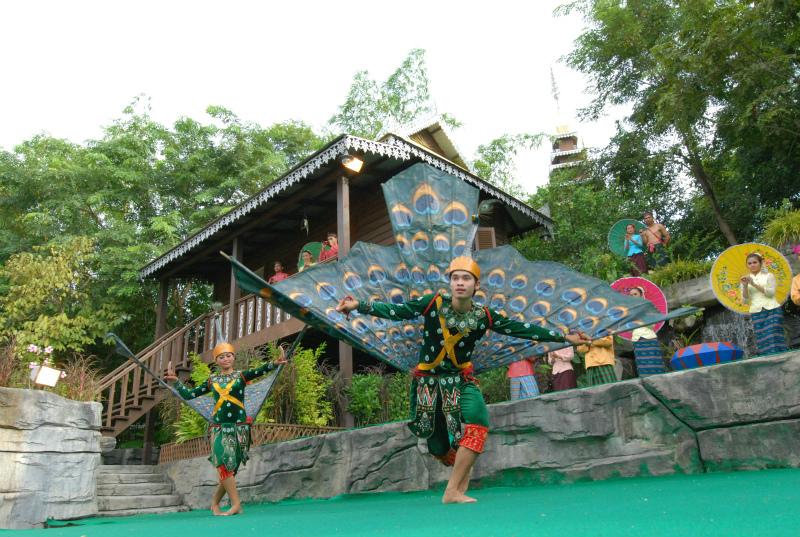 Cambodia Cultural Village (404)