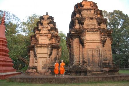 Monk Taken Phirun (328)