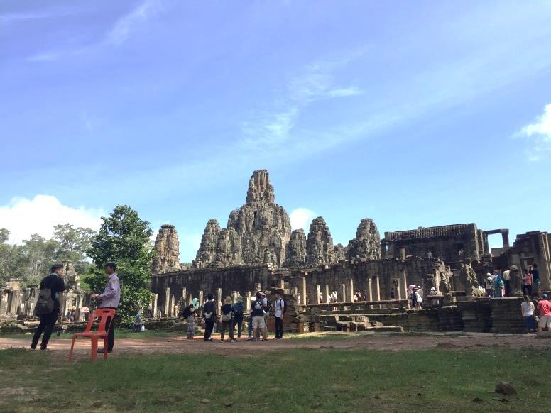 カンボジアの有名所を一日で巡るツアー!